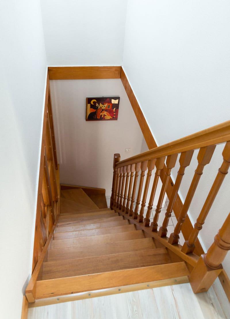 escalier gite le pin